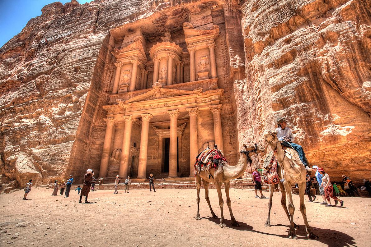 Petra-Treasury.jpg
